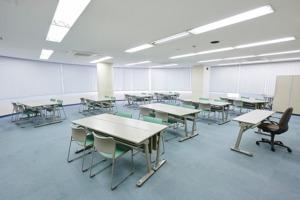 会議室6 35坪(島型)